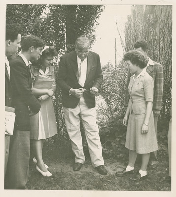 Dr. Benedict Showing Students Poison Ivy