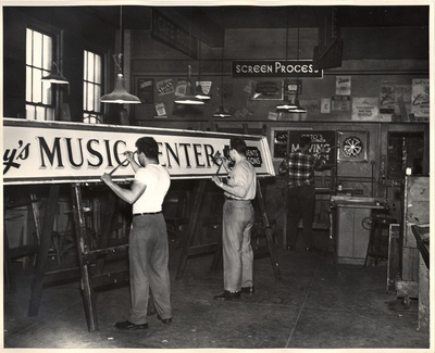 sign painting department by new york trade school
